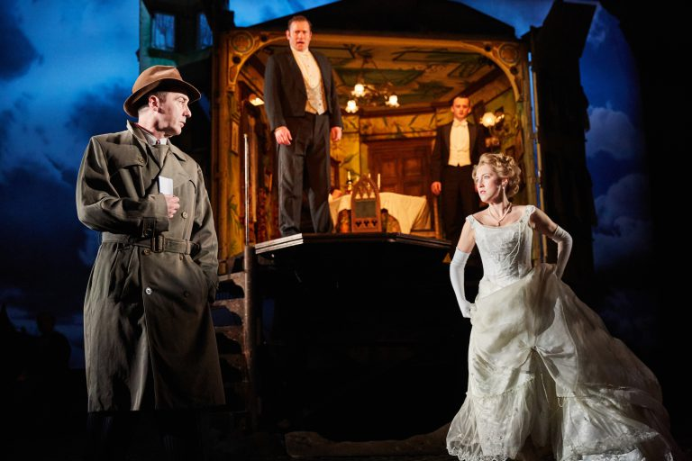 An Inspector Calls at the Playhouse Theatre. Photo by Mark Douet _80A5087